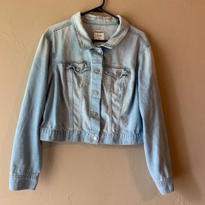 Light-Wash Cropped Denim Jacket